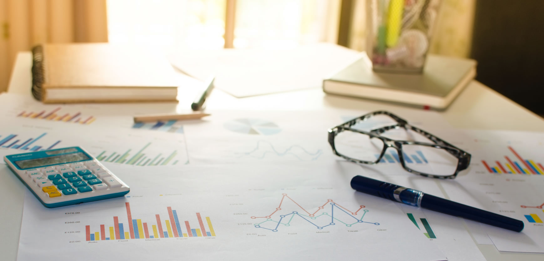Download the Marketing Reporting Kit